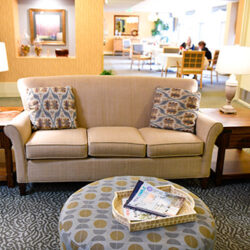 10 Things to Consider When Choosing an Assisted Living Facility